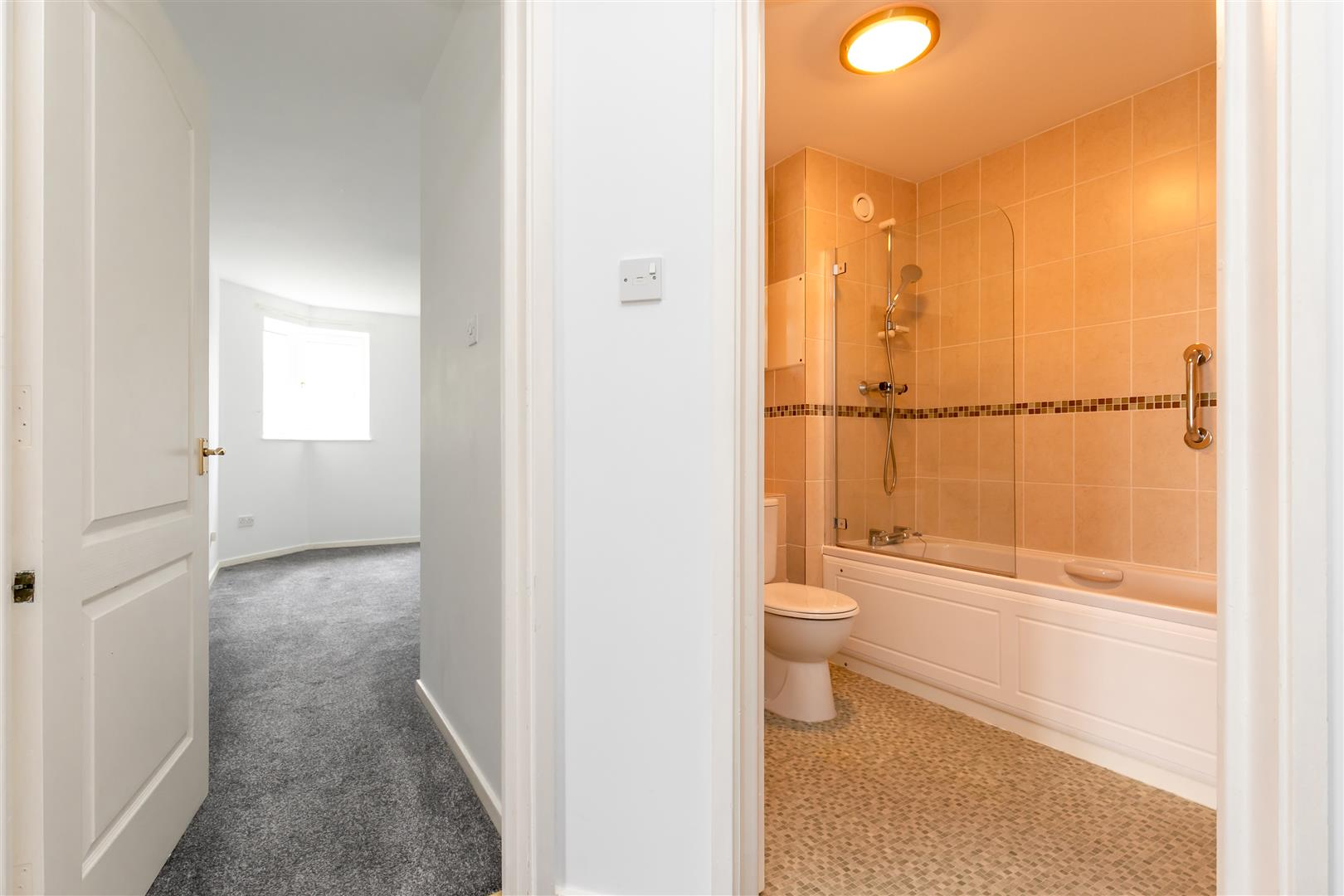 2 bed apartment for sale in Finch Mansions, St. Leonards-On-Sea 13
