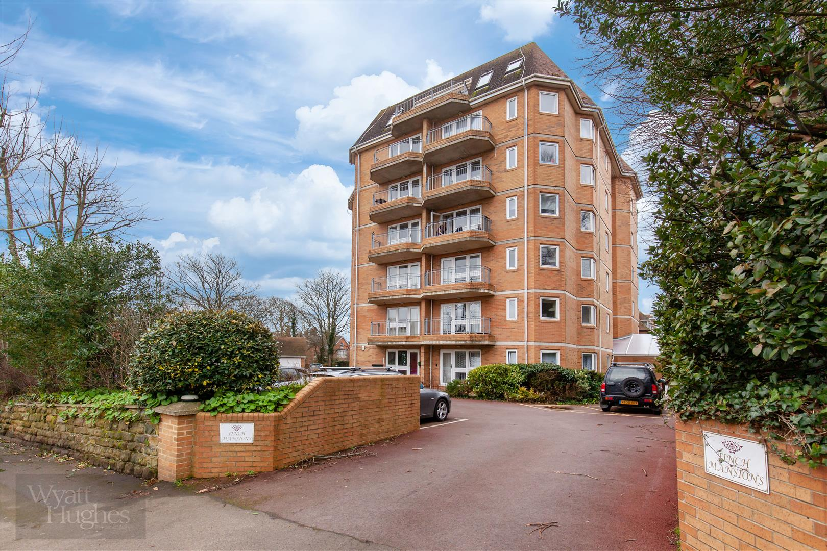 2 bed apartment for sale in Finch Mansions, St. Leonards-On-Sea  - Property Image 19