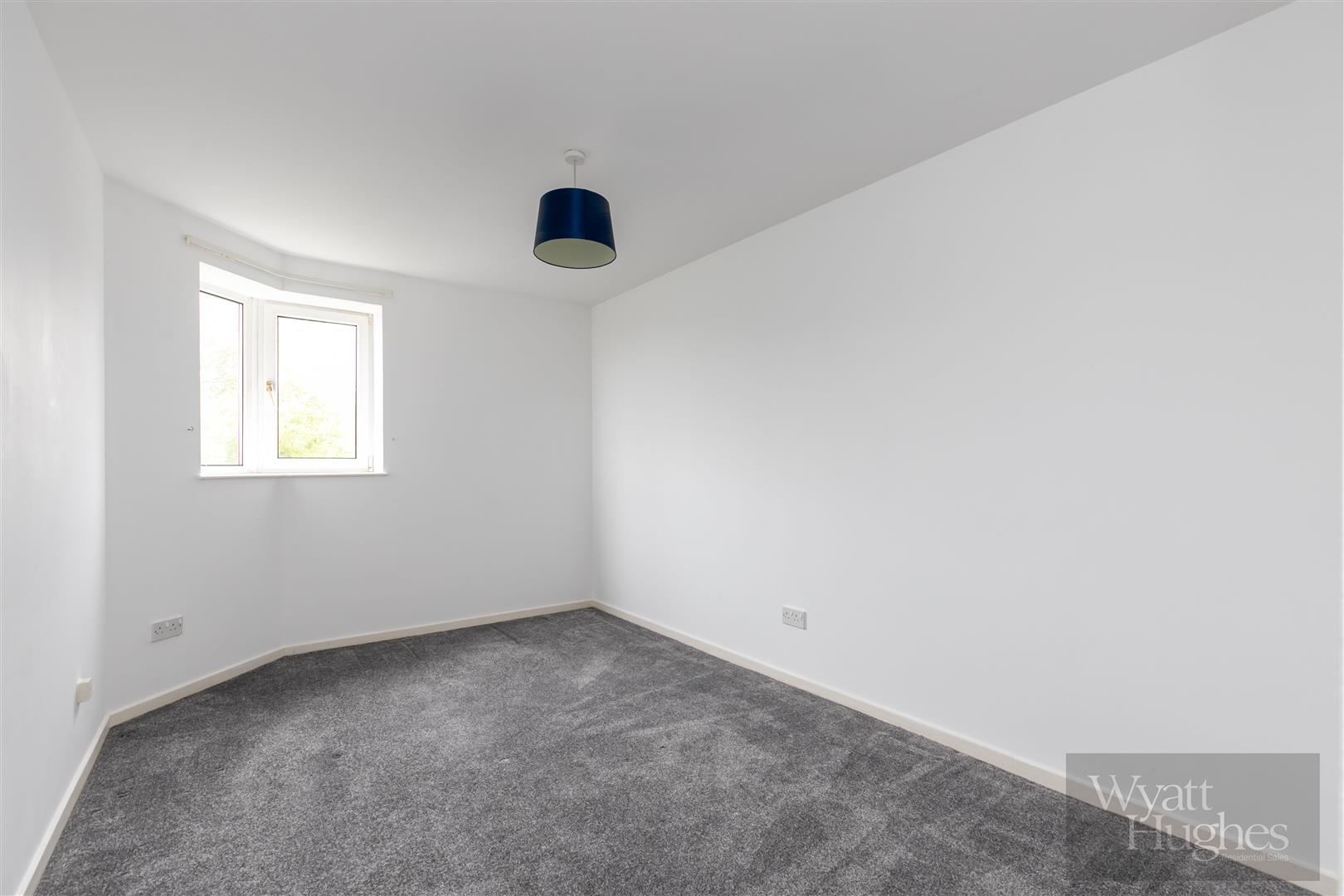 2 bed apartment for sale in Finch Mansions, St. Leonards-On-Sea 9