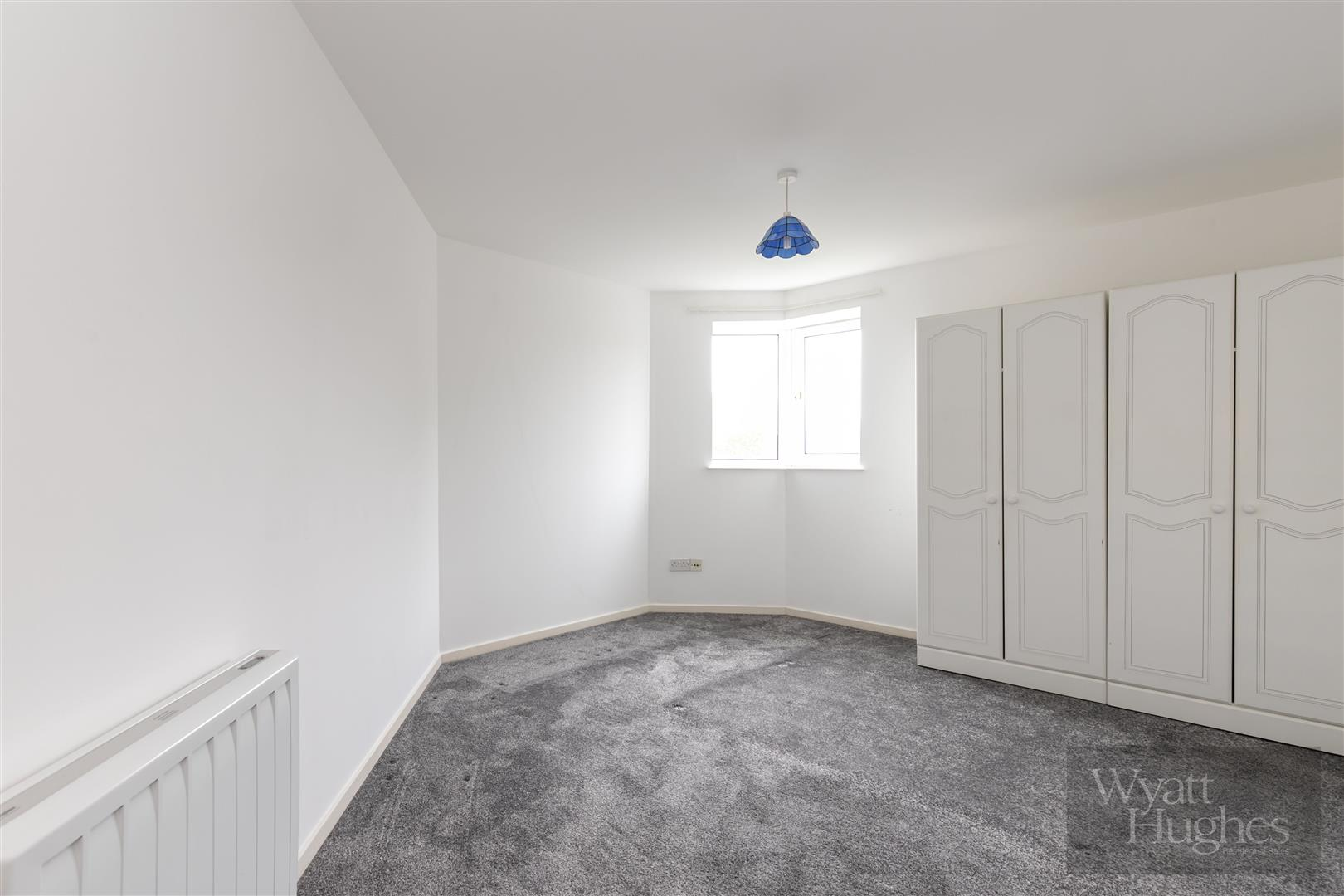 2 bed apartment for sale in Finch Mansions, St. Leonards-On-Sea  - Property Image 8