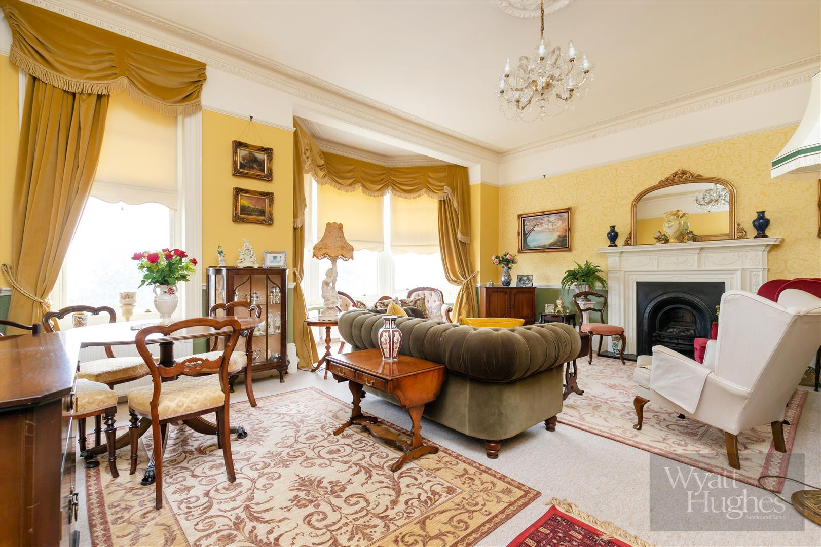 2 bed flat for sale in Grosvenor Crescent, St. Leonards-On-Sea  - Property Image 1