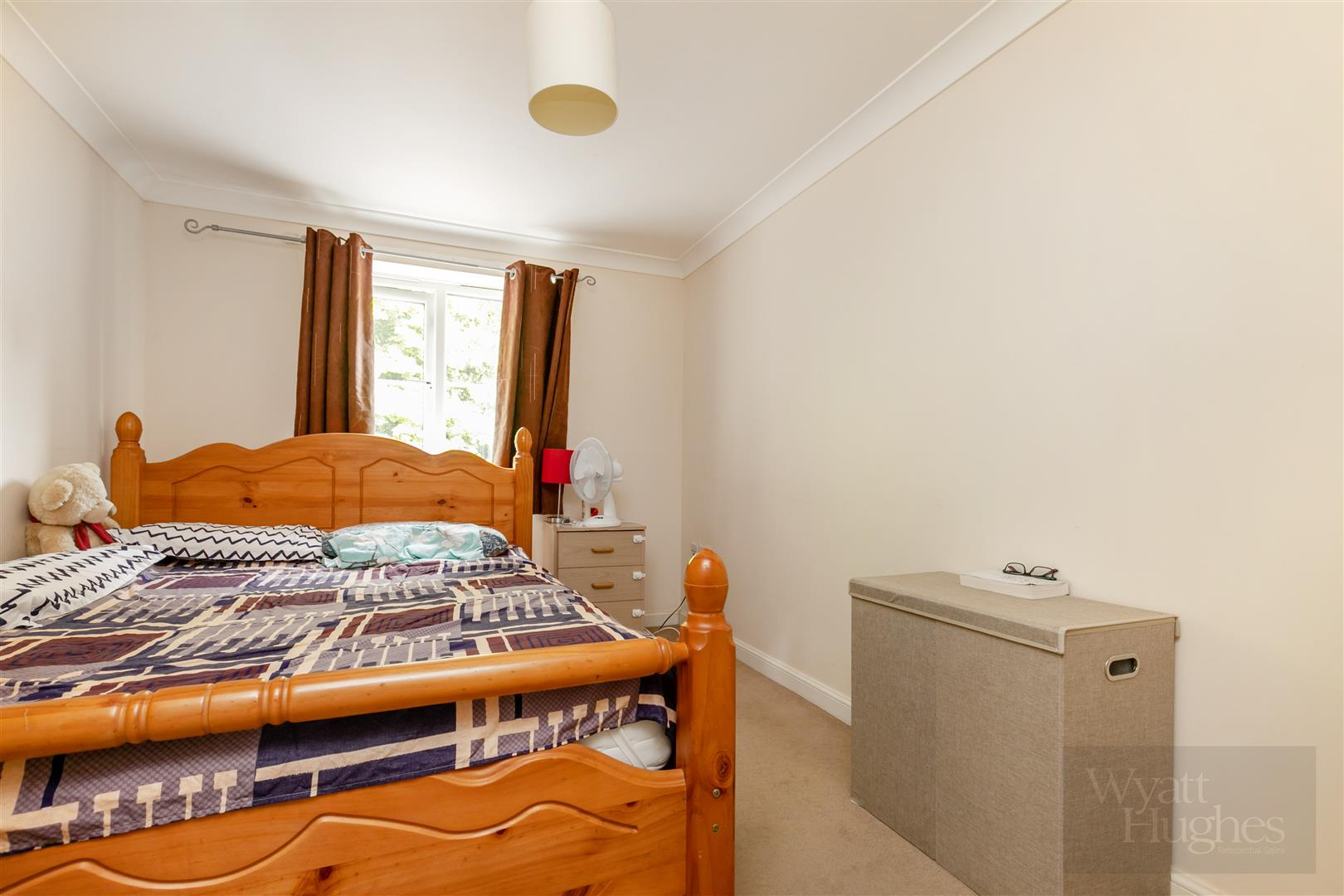 2 bed flat for sale in Arbourvale, St. Leonards-On-Sea  - Property Image 8