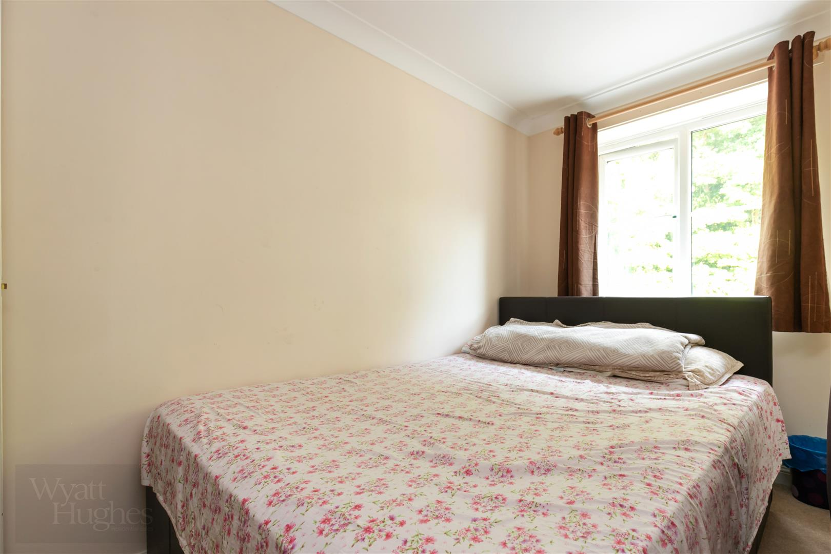 2 bed flat for sale in Arbourvale, St. Leonards-On-Sea 9