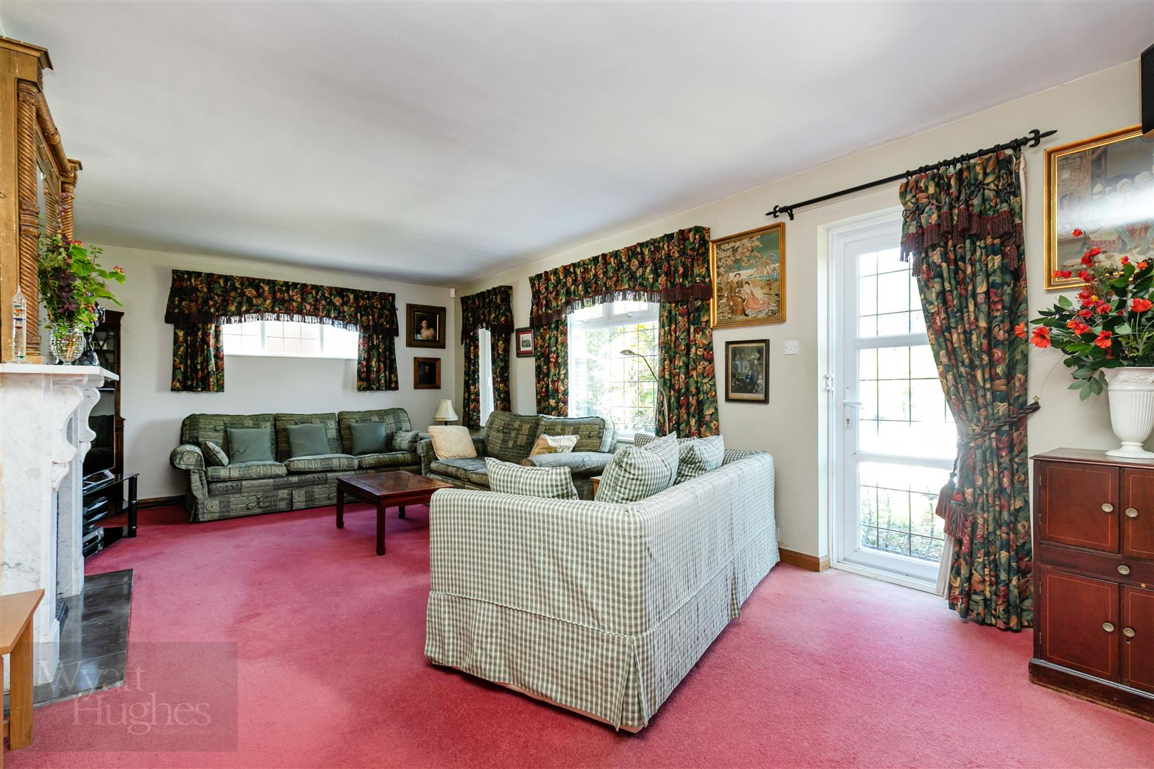 3 bed detached bungalow for sale in Maple Walk, Bexhill-On-Sea  - Property Image 4