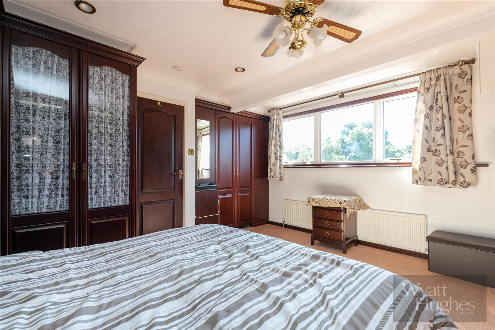 4 bed detached house for sale in St. Helens Park Road, Hastings 17
