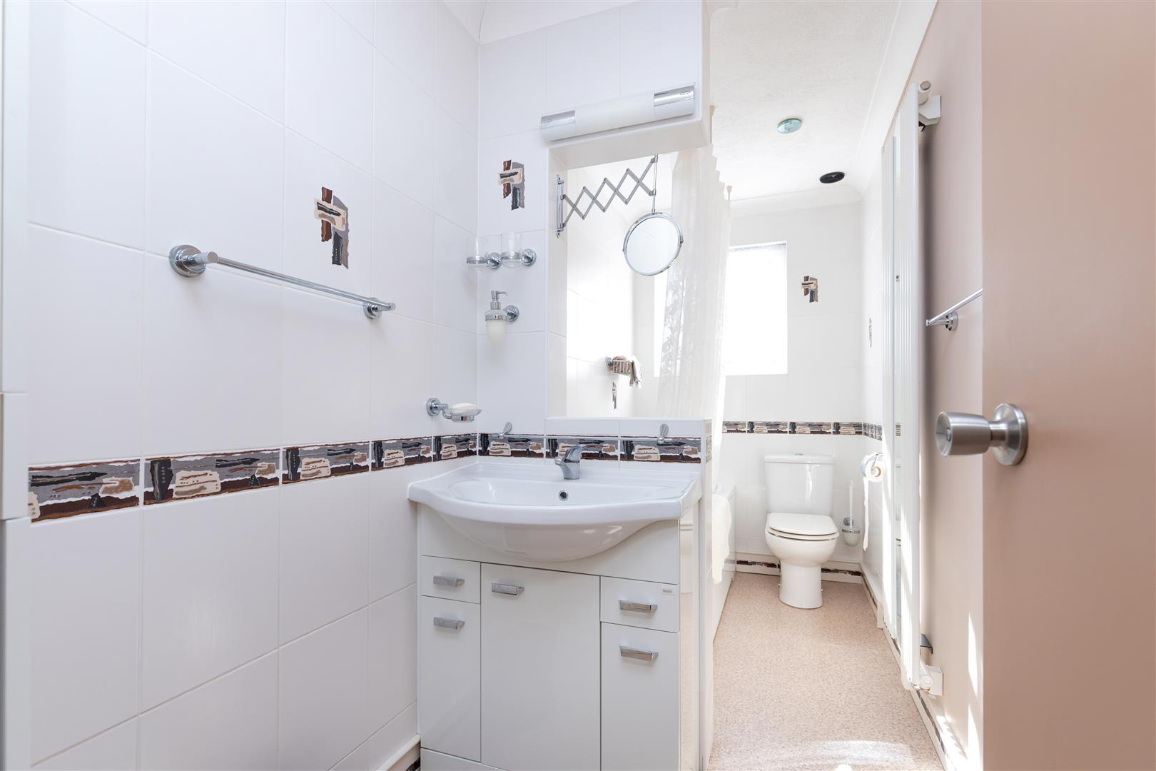 4 bed detached house for sale in St. Helens Park Road, Hastings  - Property Image 25