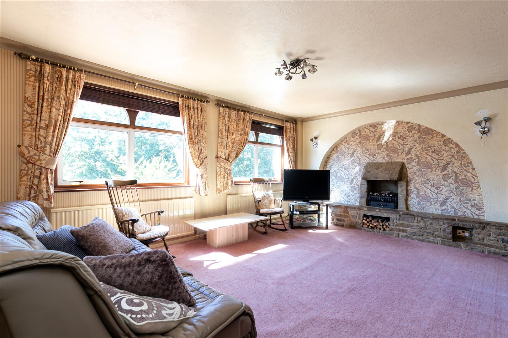 4 bed detached house for sale in St. Helens Park Road, Hastings  - Property Image 2
