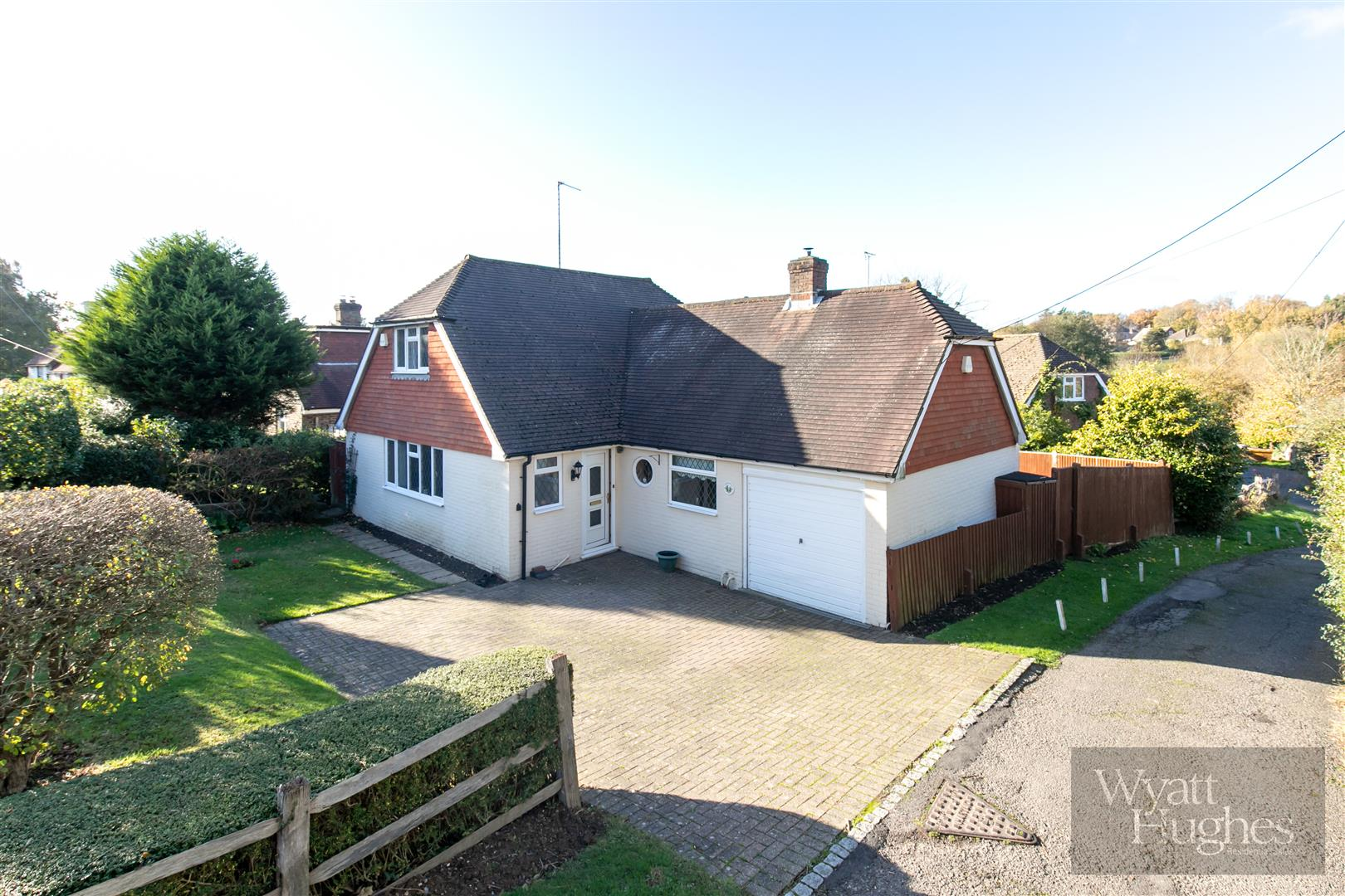 3 bed house for sale in Lower Street, Ninfield, TN33