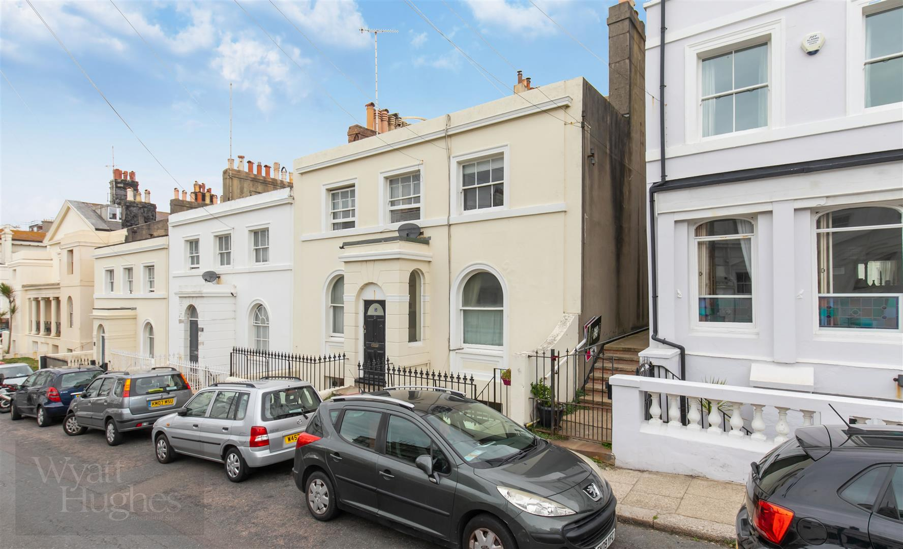 1 bed apartment for sale in East Ascent, St. Leonards-On-Sea, TN38
