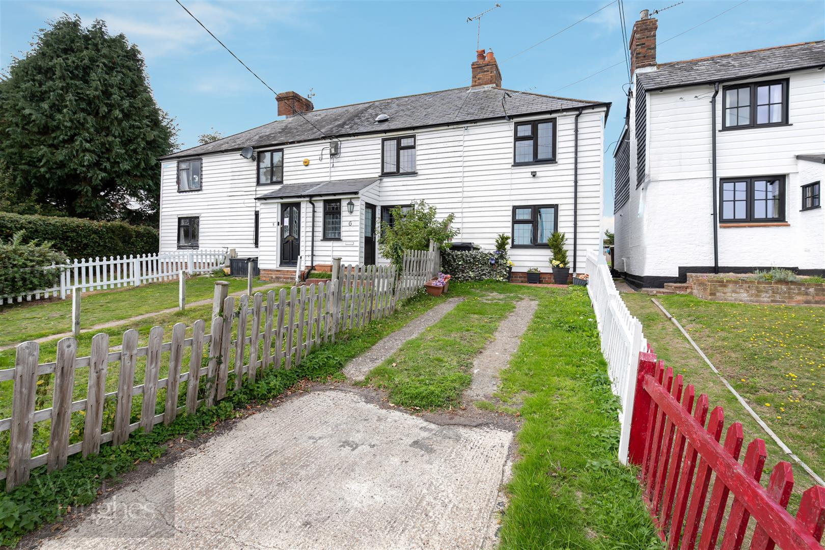 2 bed end-of-terrace-house for sale in The Thorne, Hastings, TN35