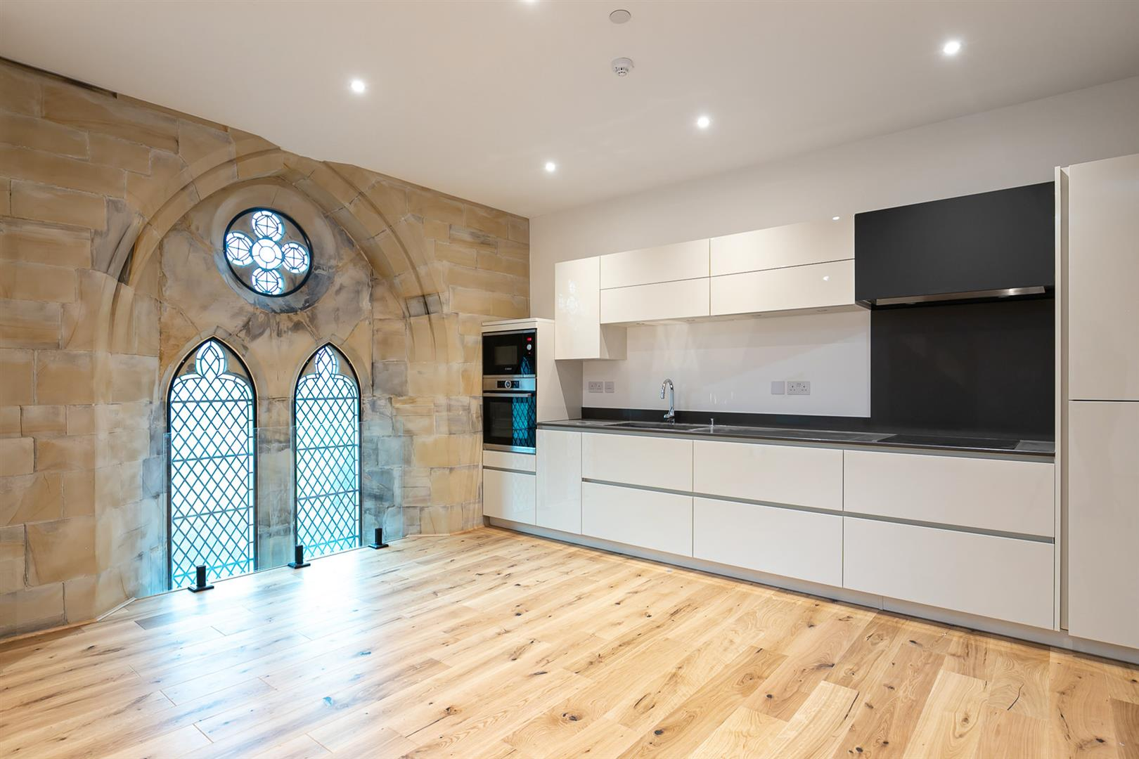2 bed apartment for sale in All Saints Church, Hawkhurst 3