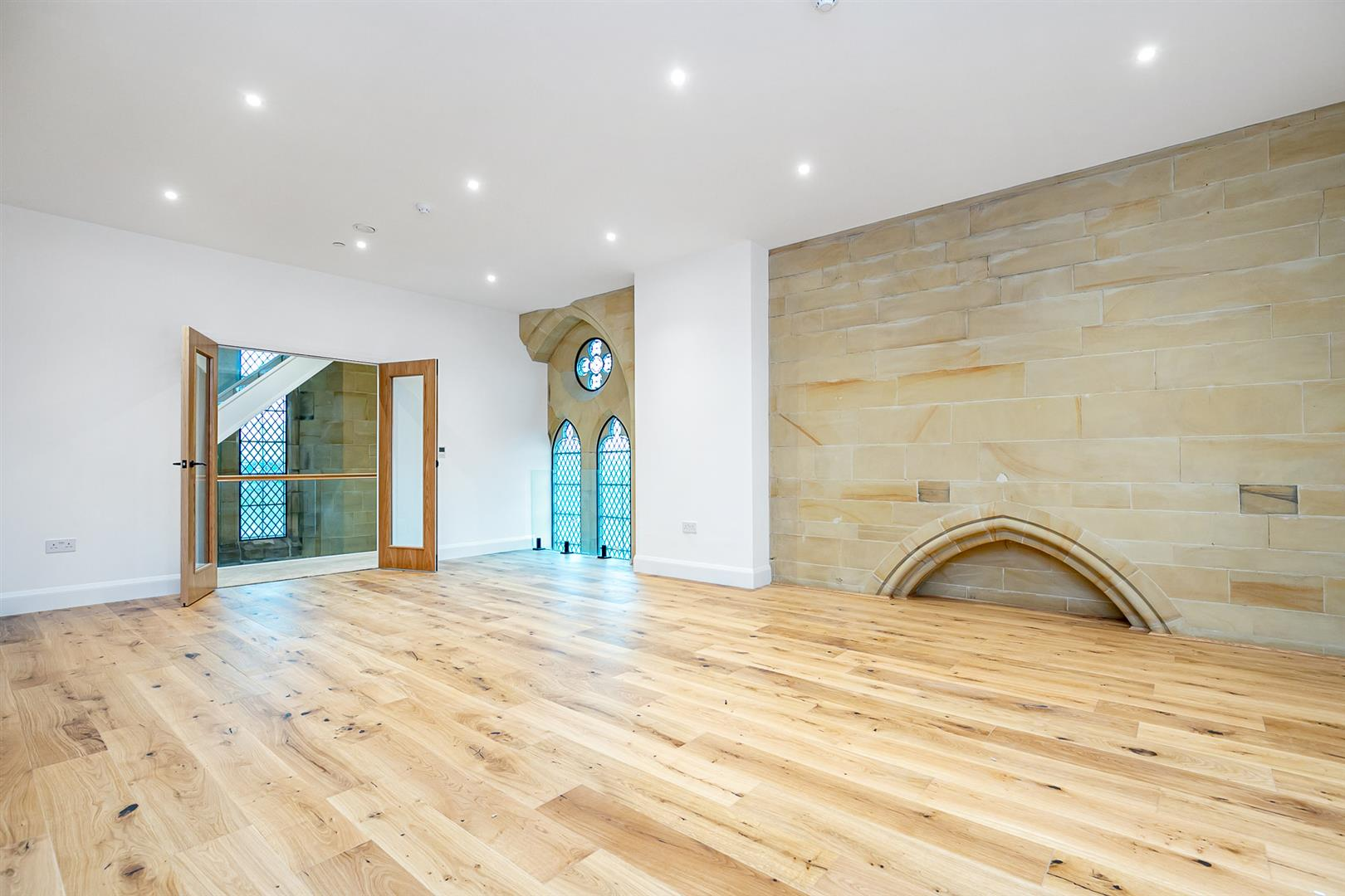 3 bed apartment for sale in All Saints Church, Hawkhurst  - Property Image 3