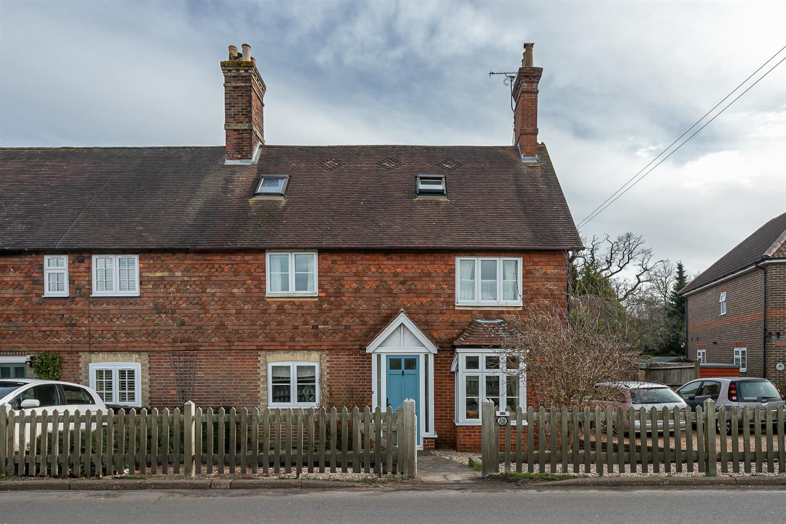4 bed house for sale in Lower Platts, Ticehurst, TN5
