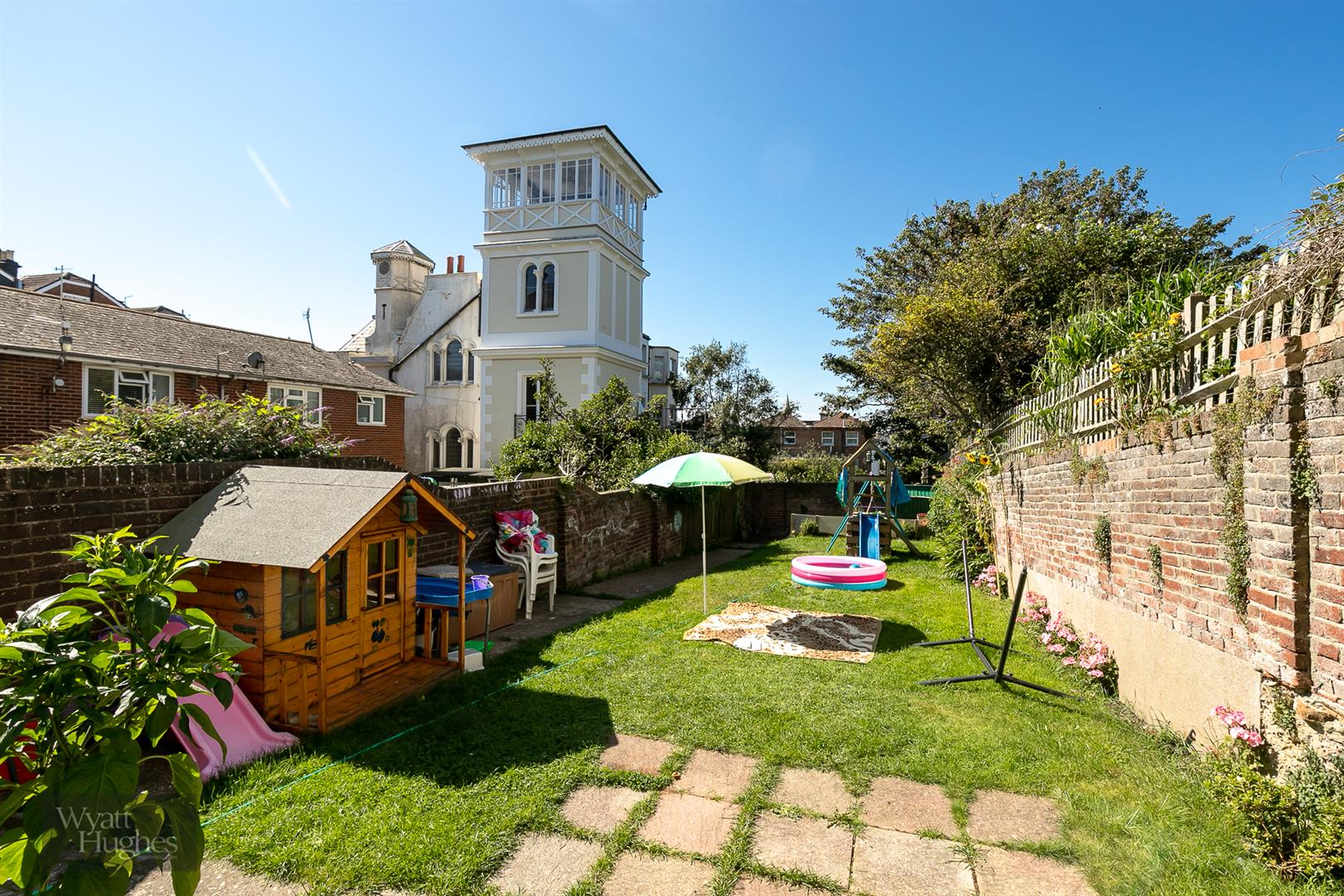 2 bed flat for sale in Magdalen Road, St. Leonards-On-Sea, TN37