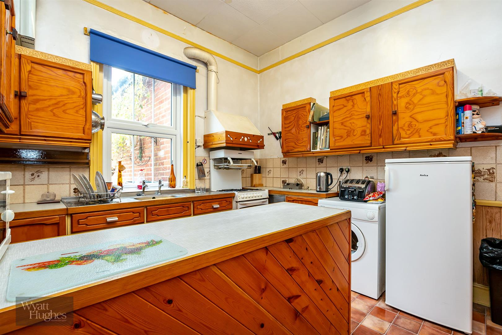 6 bed detached house for sale in Springfield Road, St. Leonards-On-Sea  - Property Image 13