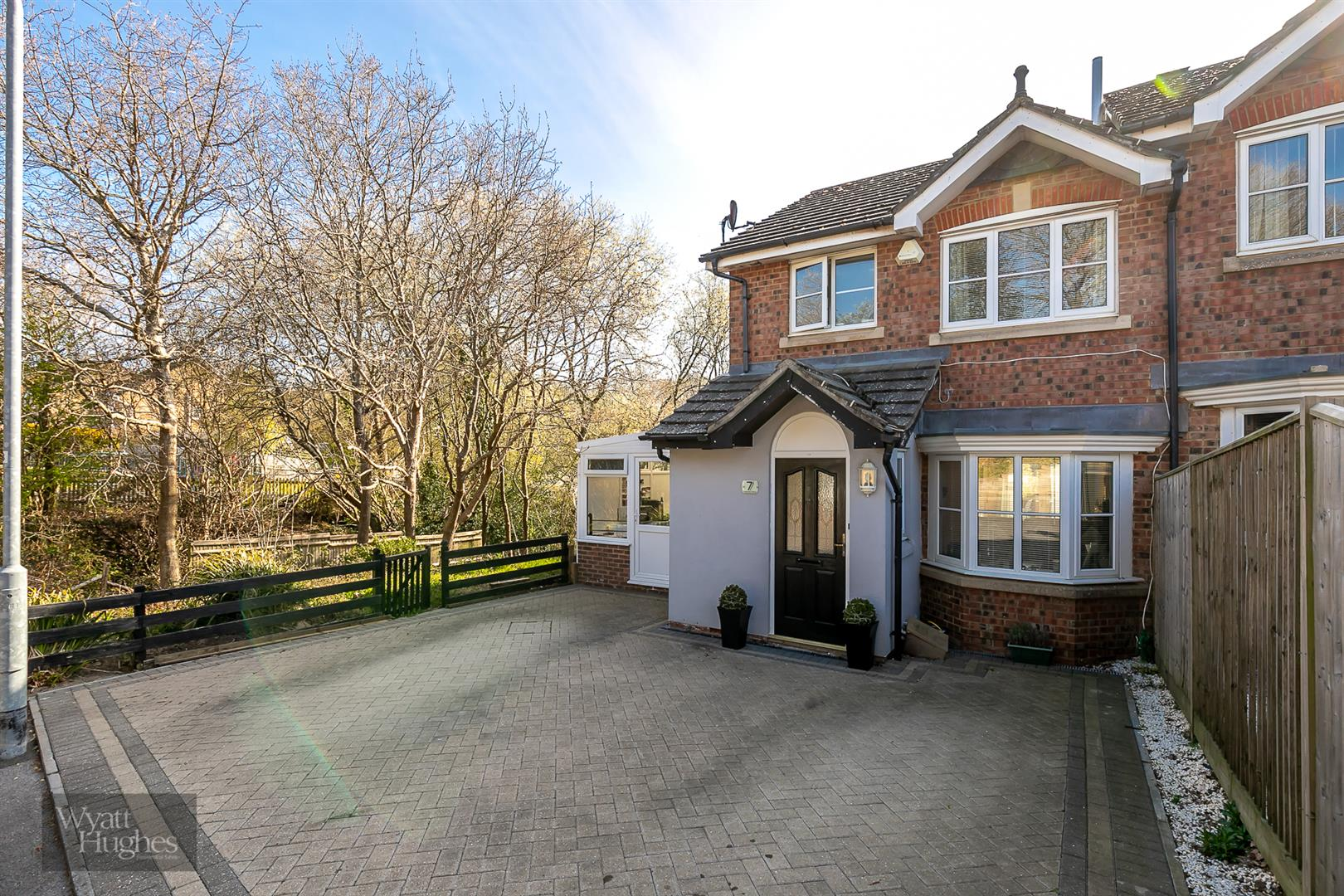 3 bed house for sale in Warwick Place, St. Leonards-On-Sea, TN38