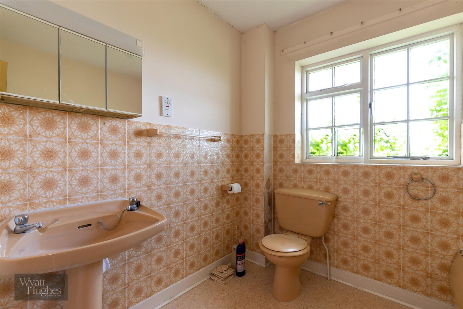 4 bed detached house for sale in Larch Close, St. Leonards-On-Sea 24
