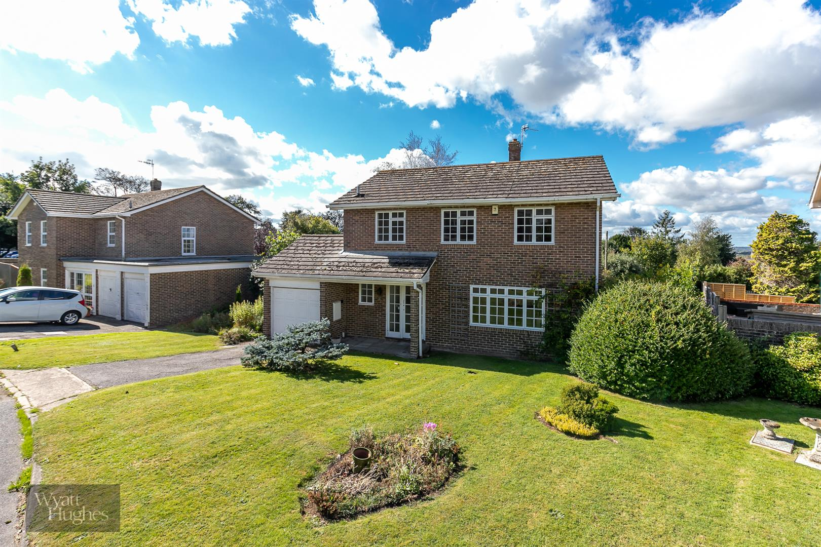 4 bed detached house for sale in Larch Close, St. Leonards-On-Sea - Property Image 1