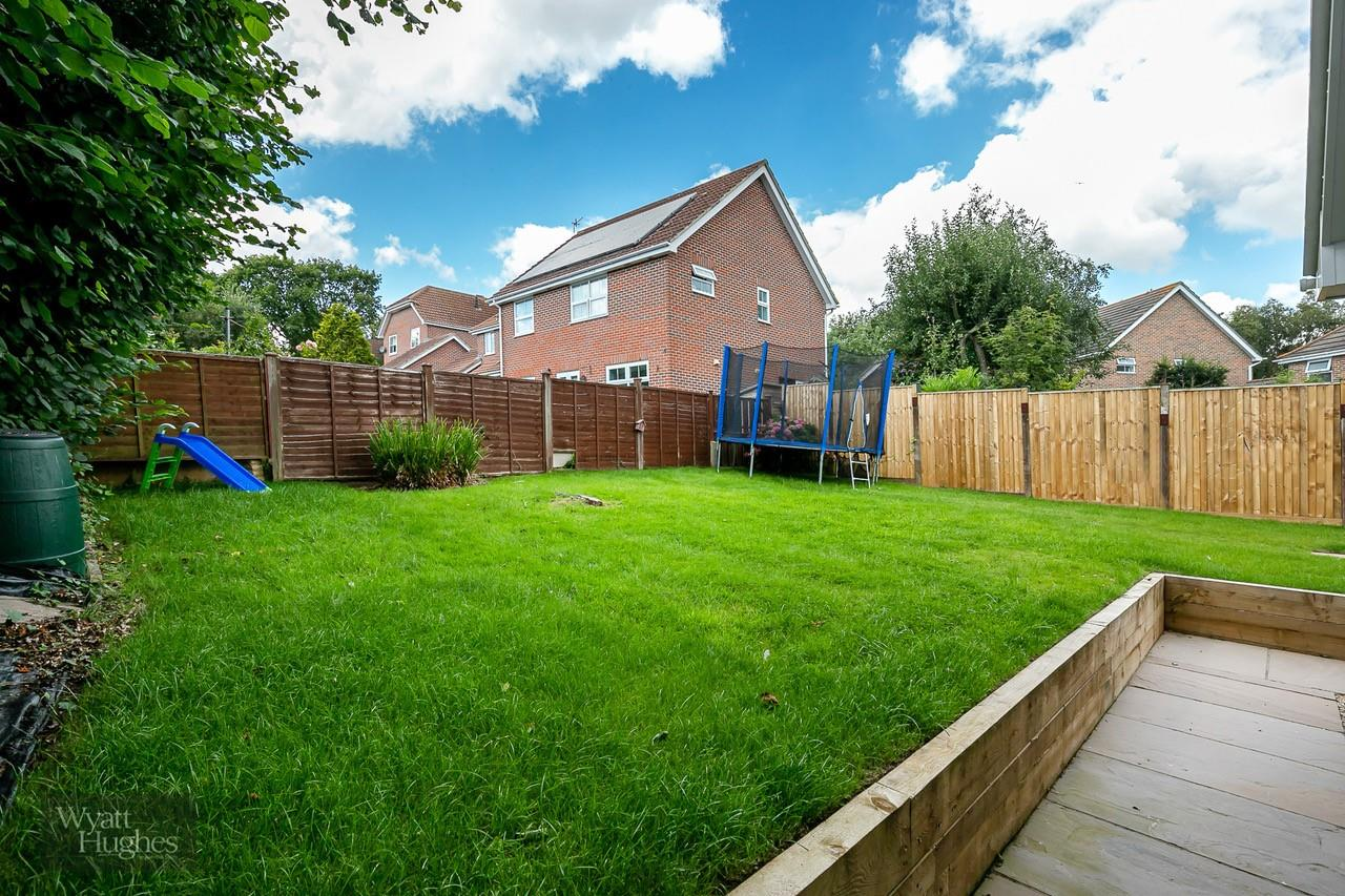 3 bed detached bungalow for sale in Beacon Hill, Bexhill-On-Sea  - Property Image 23