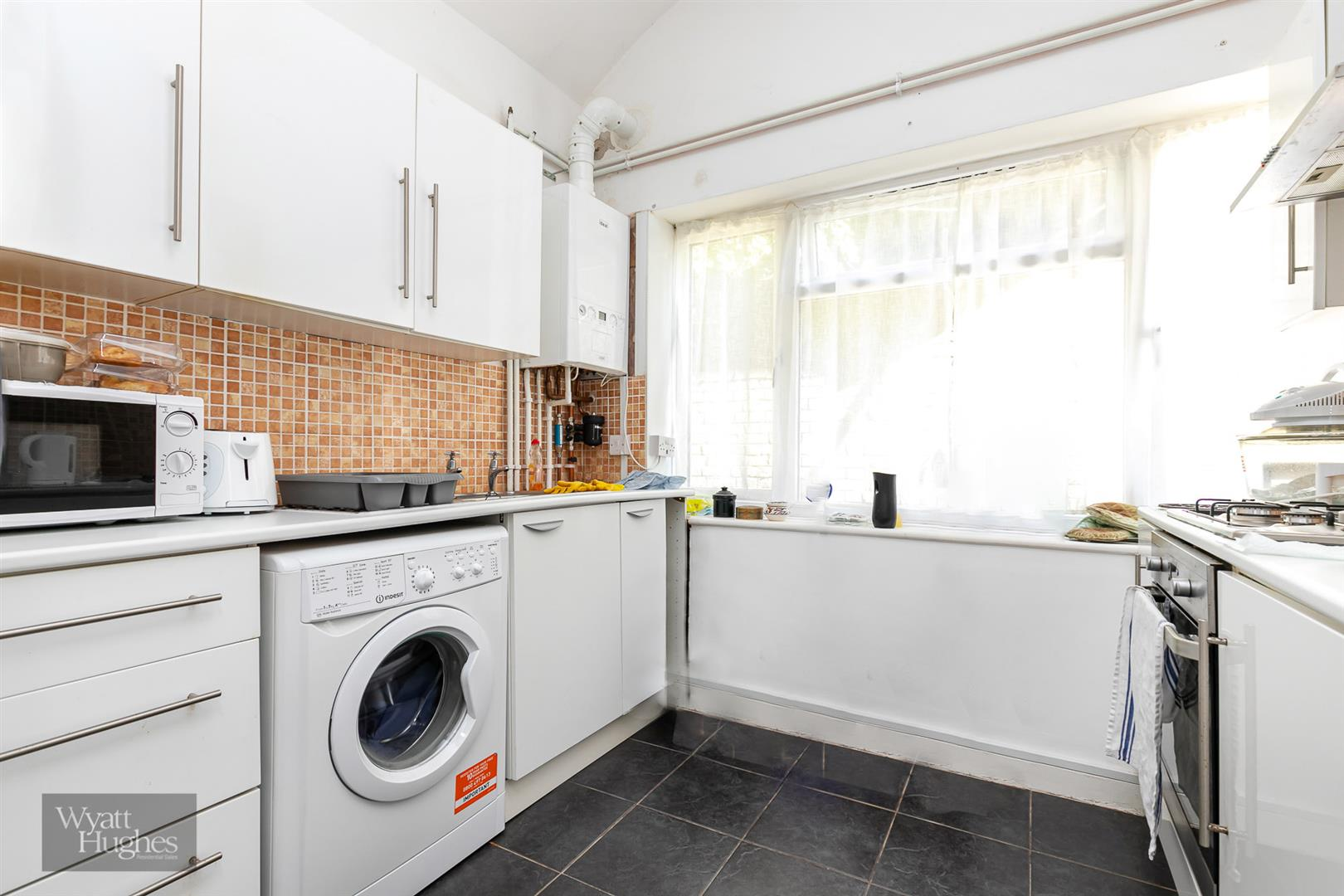 2 bed detached house for sale in West Hill Road, St. Leonards-On-Sea  - Property Image 6