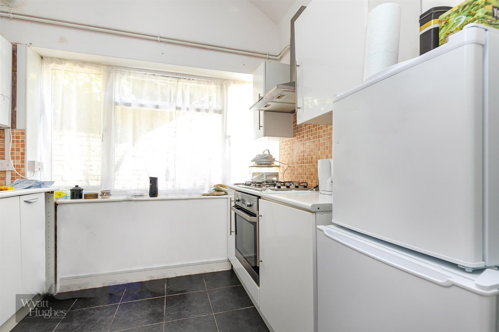 2 bed detached house for sale in West Hill Road, St. Leonards-On-Sea  - Property Image 9