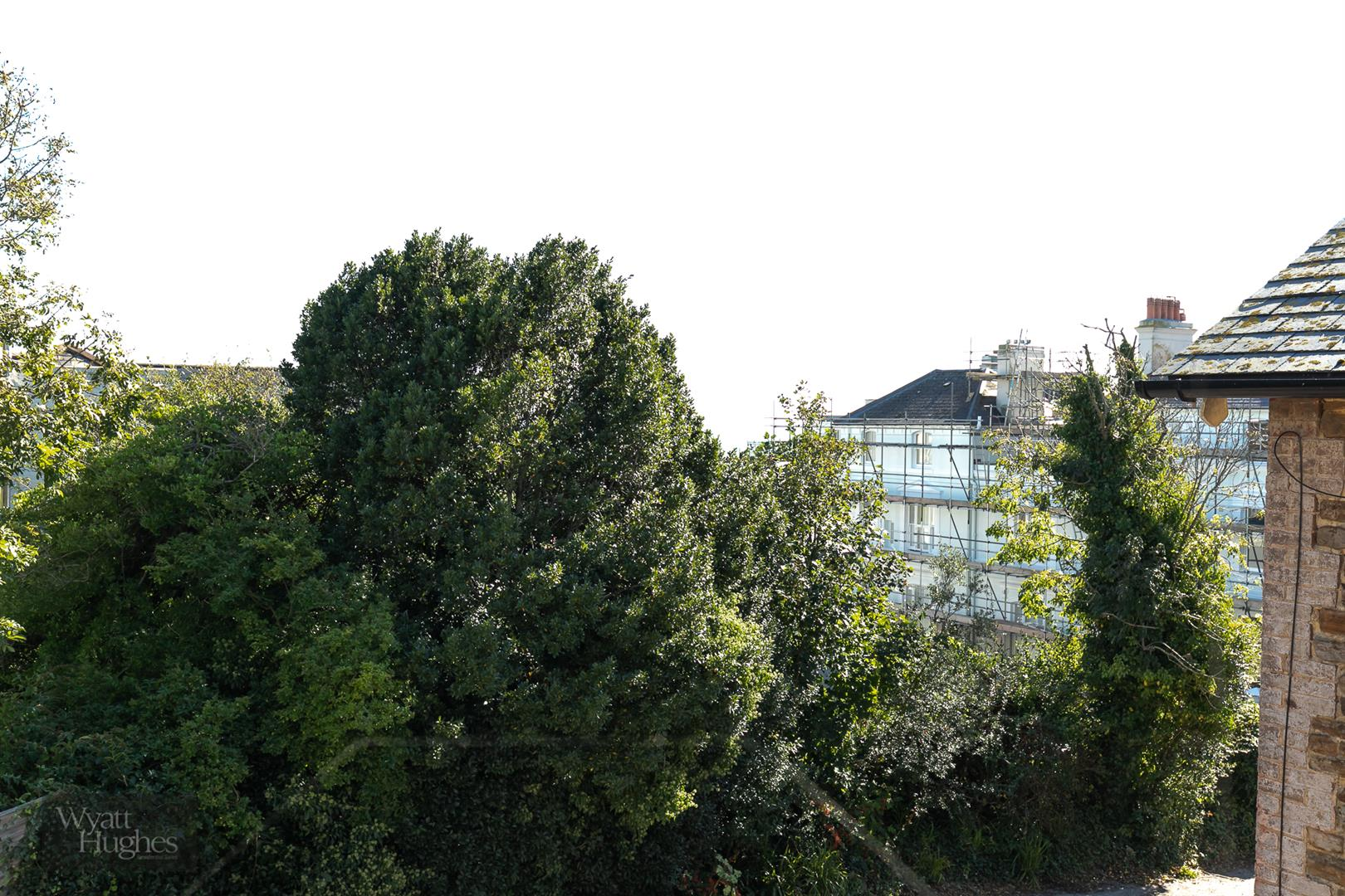 2 bed detached house for sale in West Hill Road, St. Leonards-On-Sea  - Property Image 16