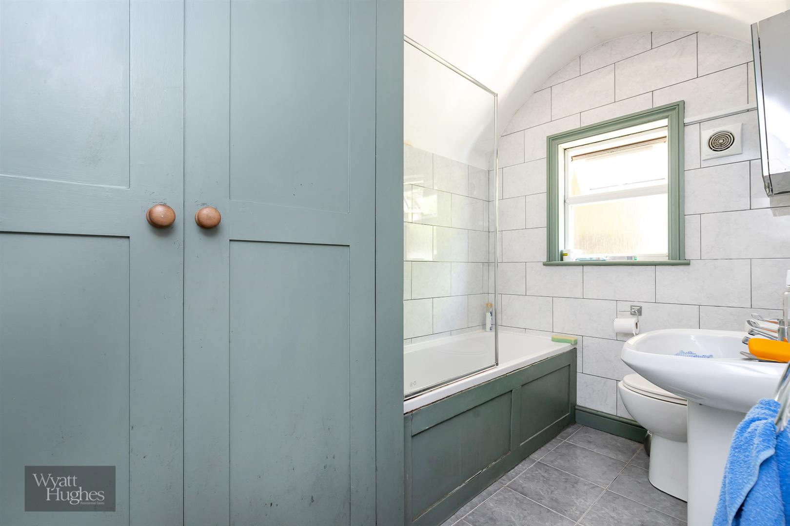 2 bed detached house for sale in West Hill Road, St. Leonards-On-Sea  - Property Image 13