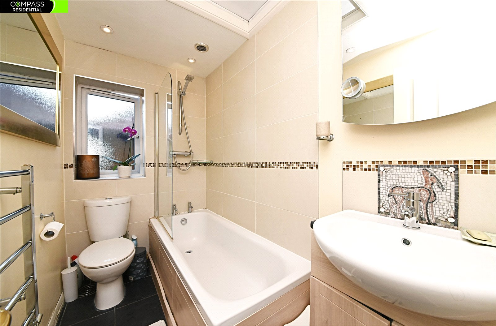 4 bed house for sale in Whetstone, N20 0HJ  - Property Image 8
