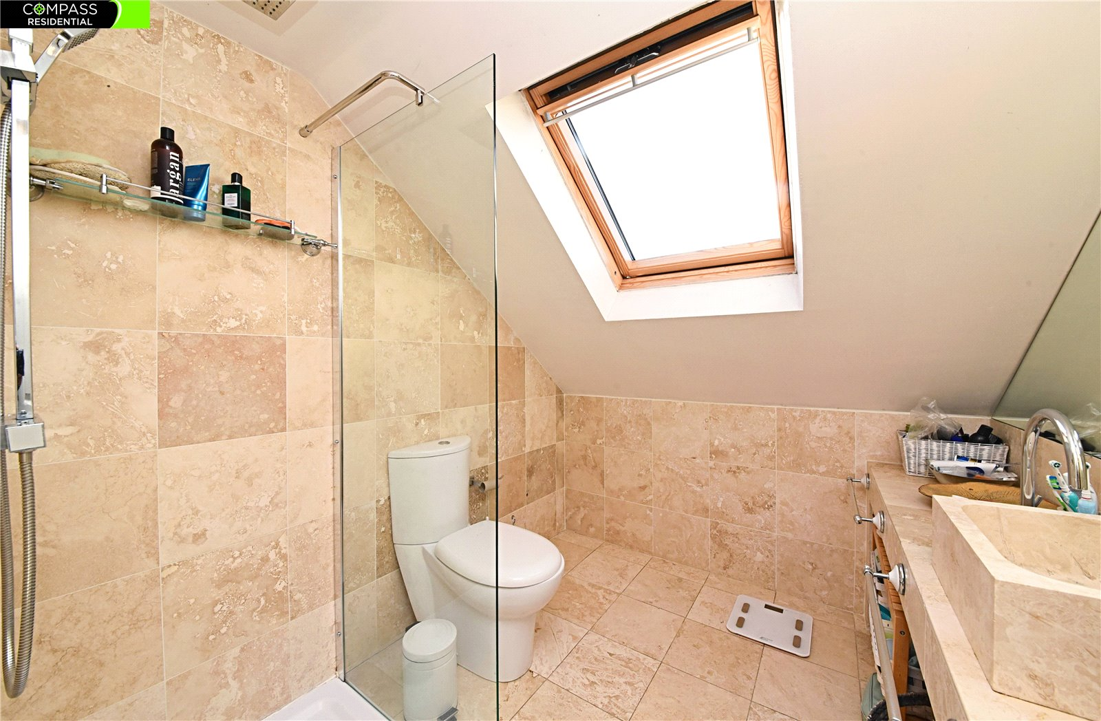 4 bed house for sale in Whetstone, N20 0HJ  - Property Image 7