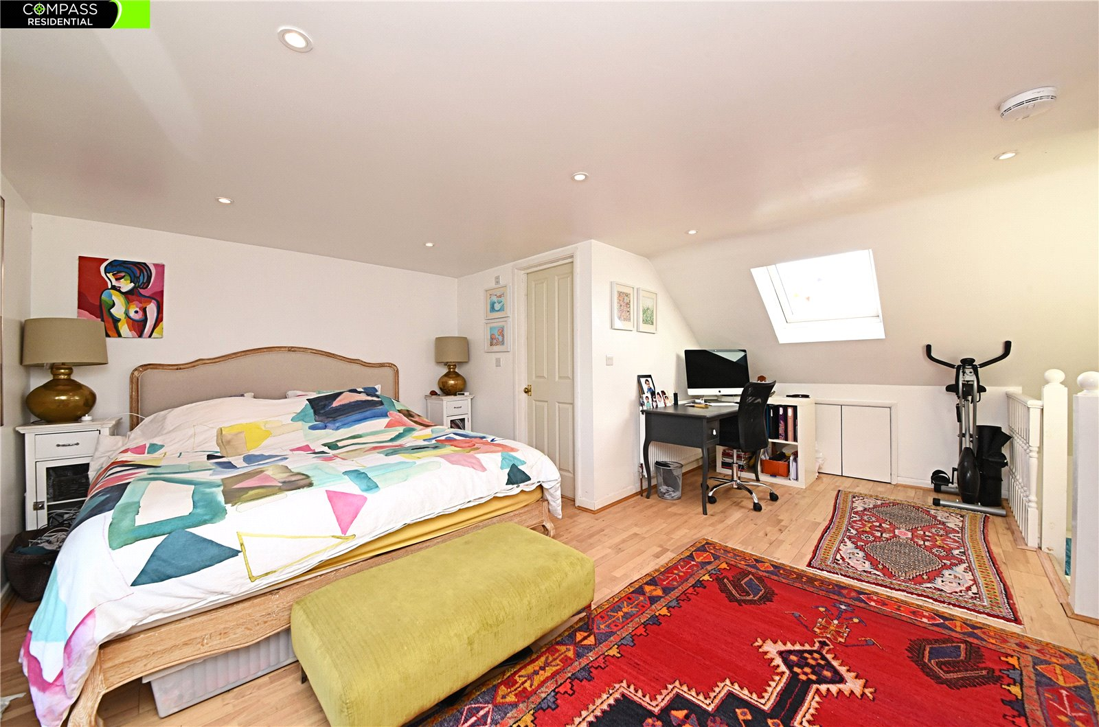 4 bed house for sale in Whetstone, N20 0HJ  - Property Image 5