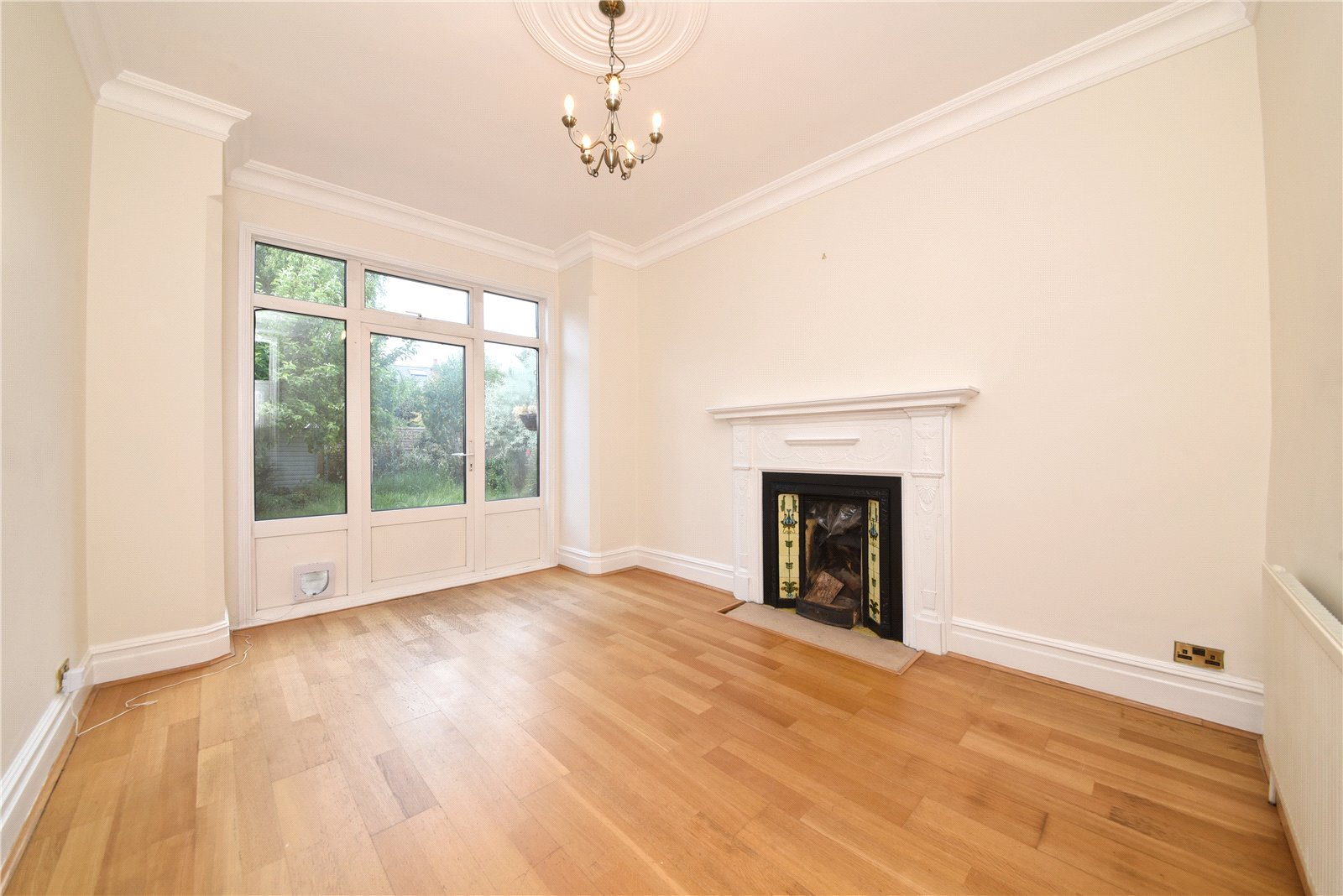 4 bed house for sale in Finchley, N3 2AR 4