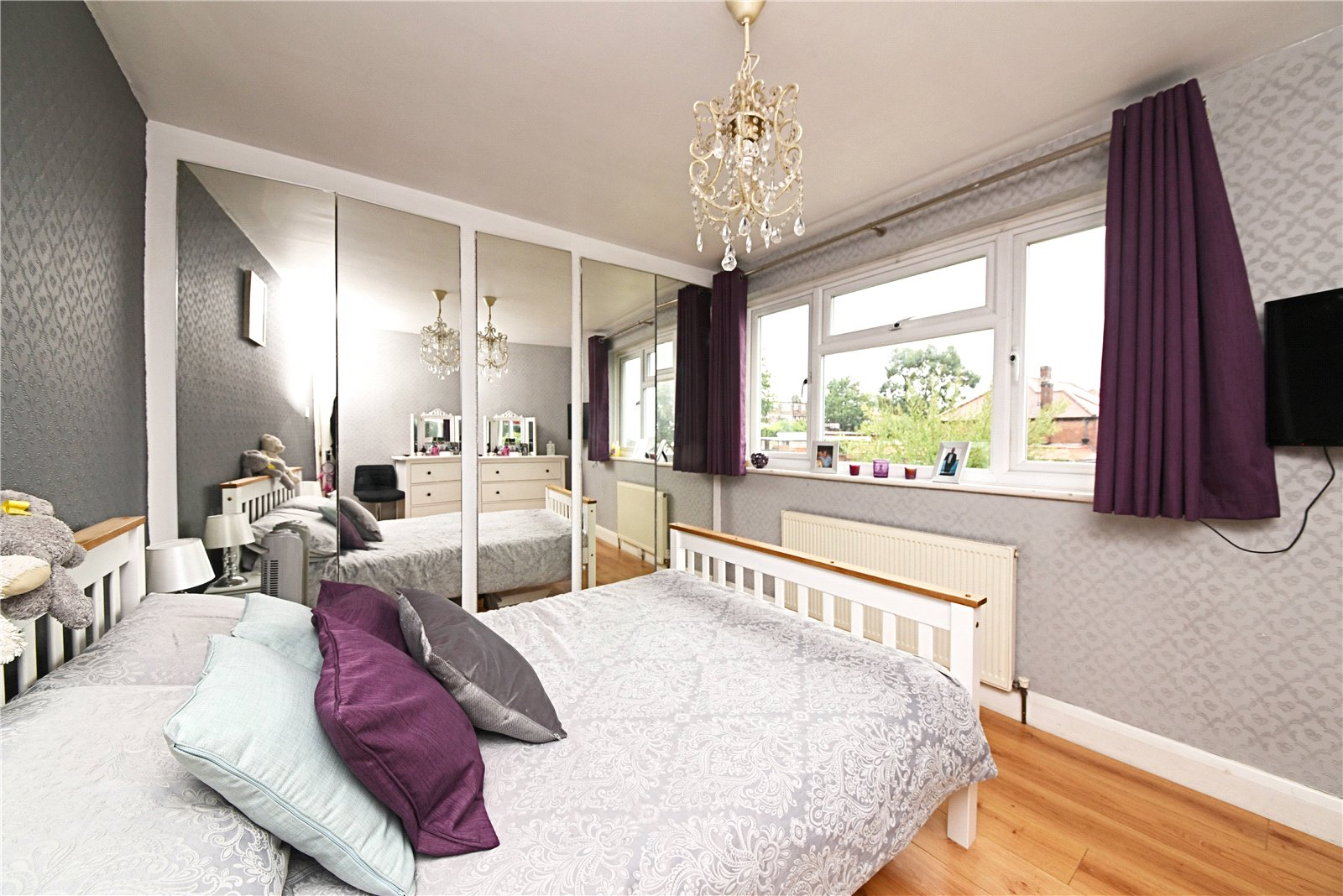 2 bed maisonette for sale in Oakwood, N14 4TL, N14
