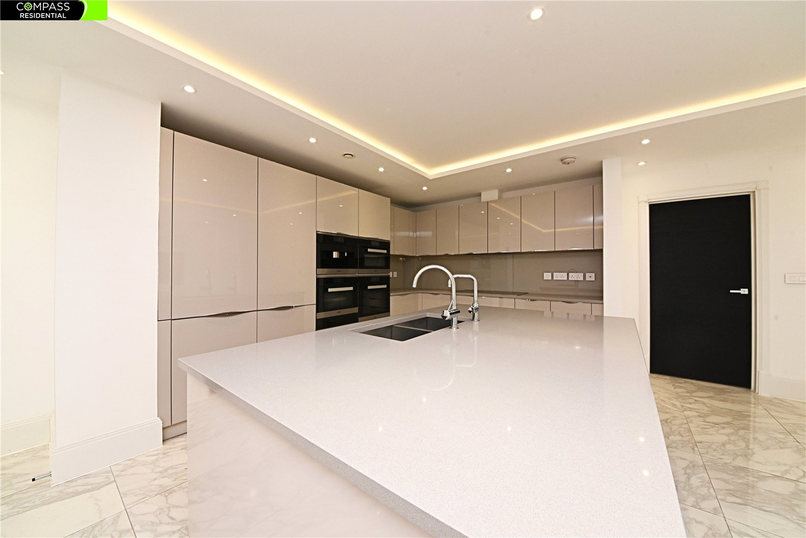 5 bed house to rent in Golders Green, NW11 7JH - Property Image 1