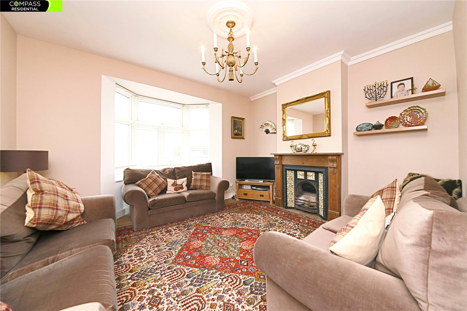 4 bed house to rent in Leicester Road, New Barnet  - Property Image 1