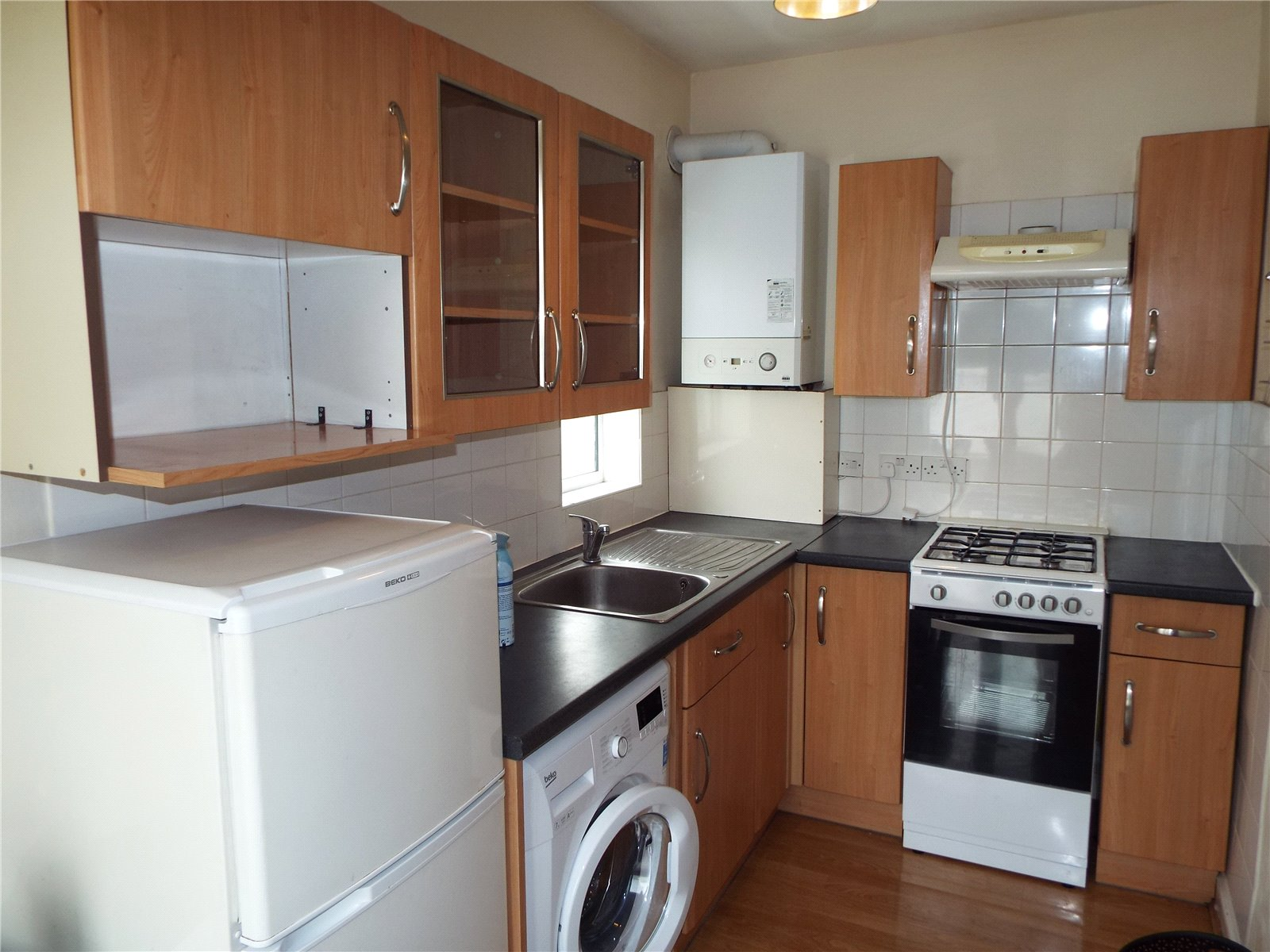 2 bed apartment to rent in Whetstone, N20 0BS 2