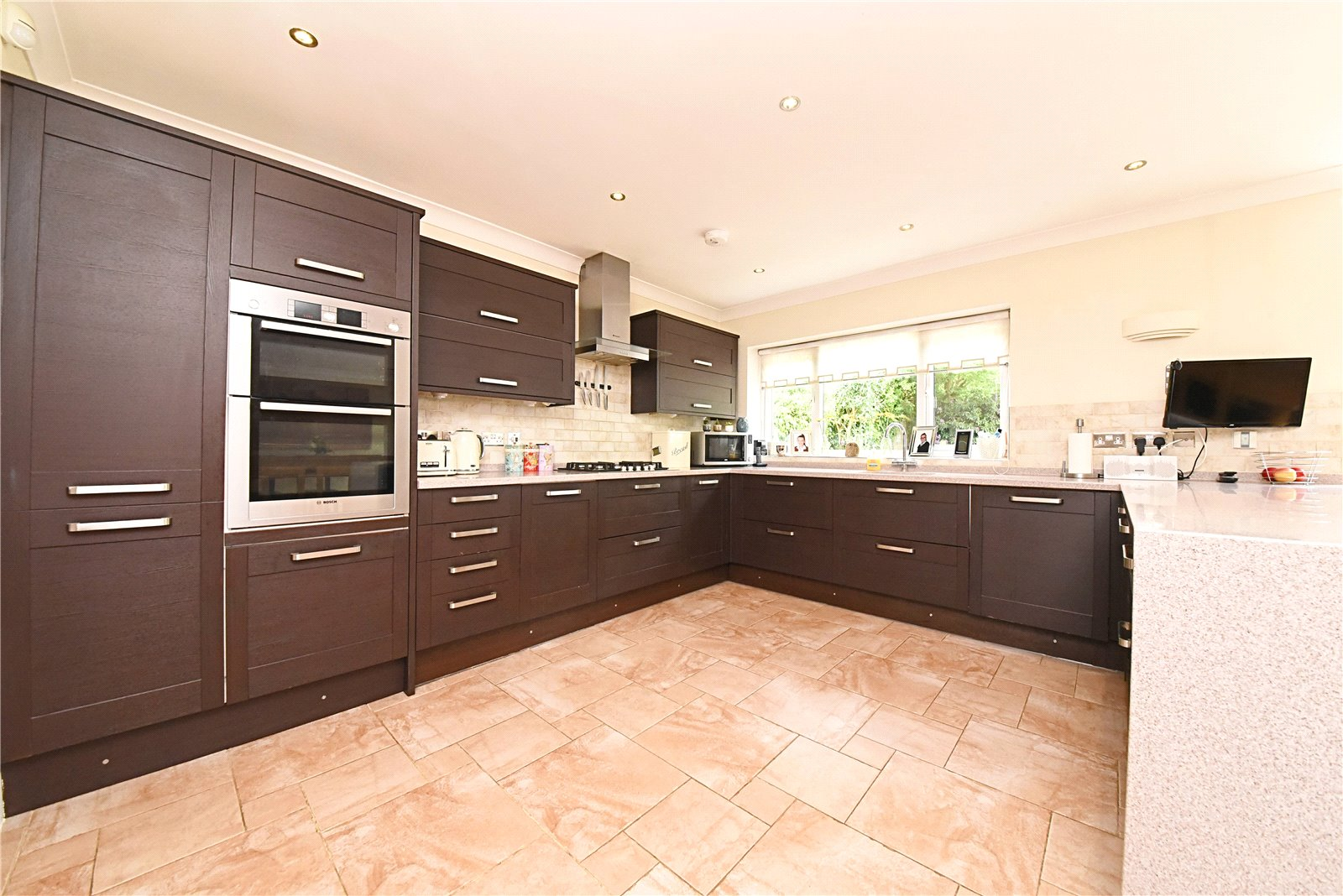 4 bed house for sale in Stanmore, HA7 3AZ  - Property Image 3