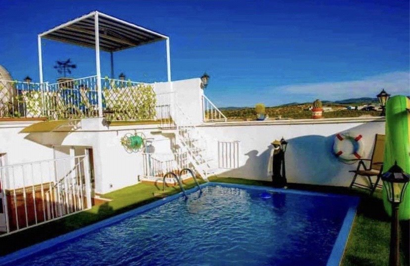 5 bed house for sale in Malaga,, 29310  - Property Image 1