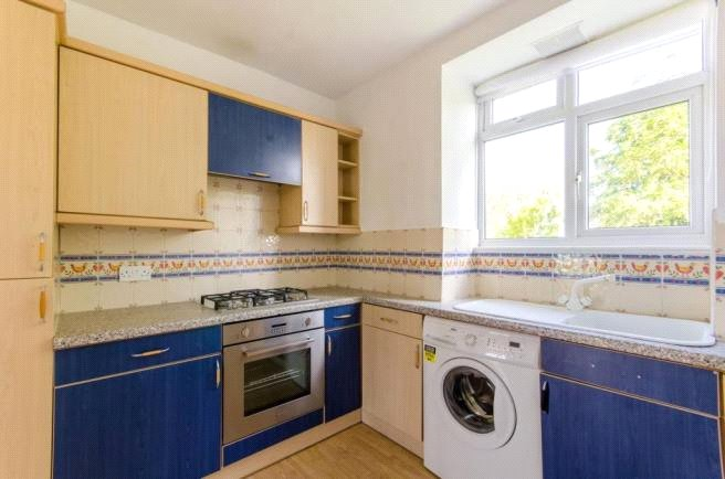 2 bed apartment to rent in Sherwood Hall, East End Road, N2 0