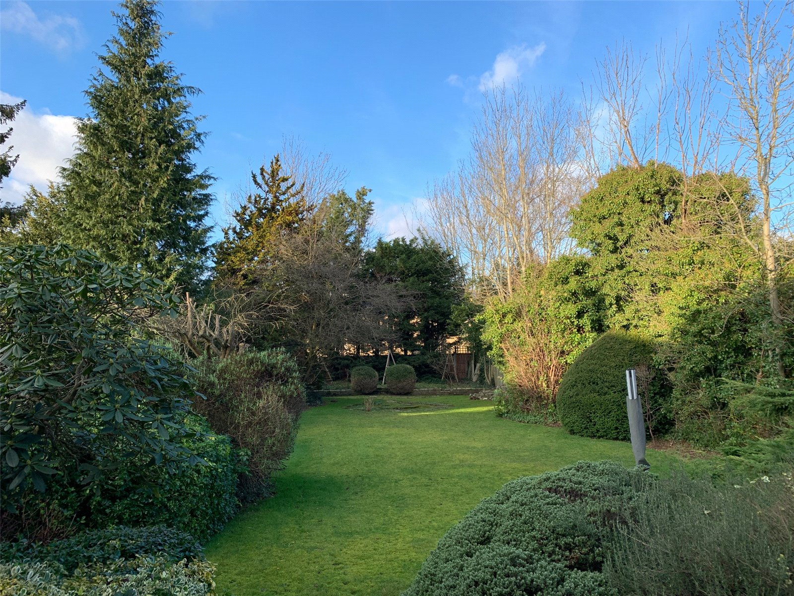 4 bed house for sale in Chandos Avenue, Whetstone 2