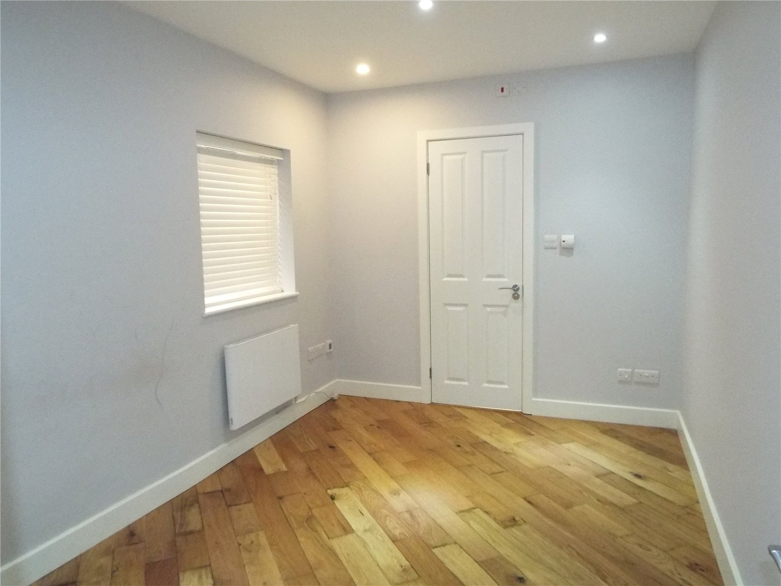 1 bed house to rent in Potters Bar, EN6 1EY 2
