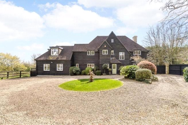 5 bed house for sale in Dingle Close, Arkley, EN5