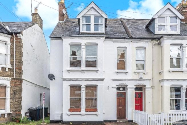 4 bed house to rent in Carnarvon Road, High Barnet 11