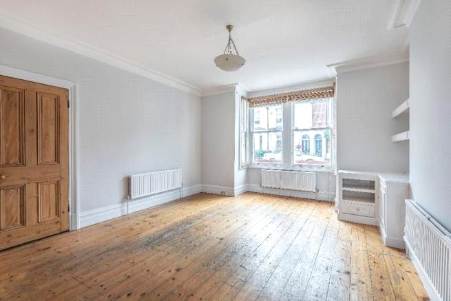 4 bed house to rent in Carnarvon Road, High Barnet 4