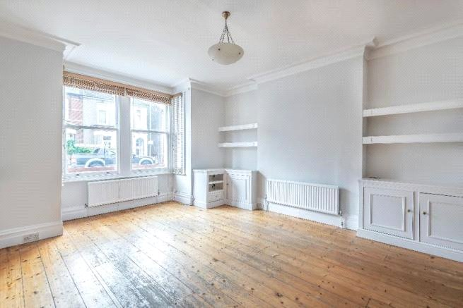 4 bed house to rent in Carnarvon Road, High Barnet 5