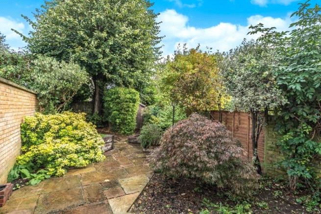 4 bed house to rent in Carnarvon Road, High Barnet  - Property Image 13