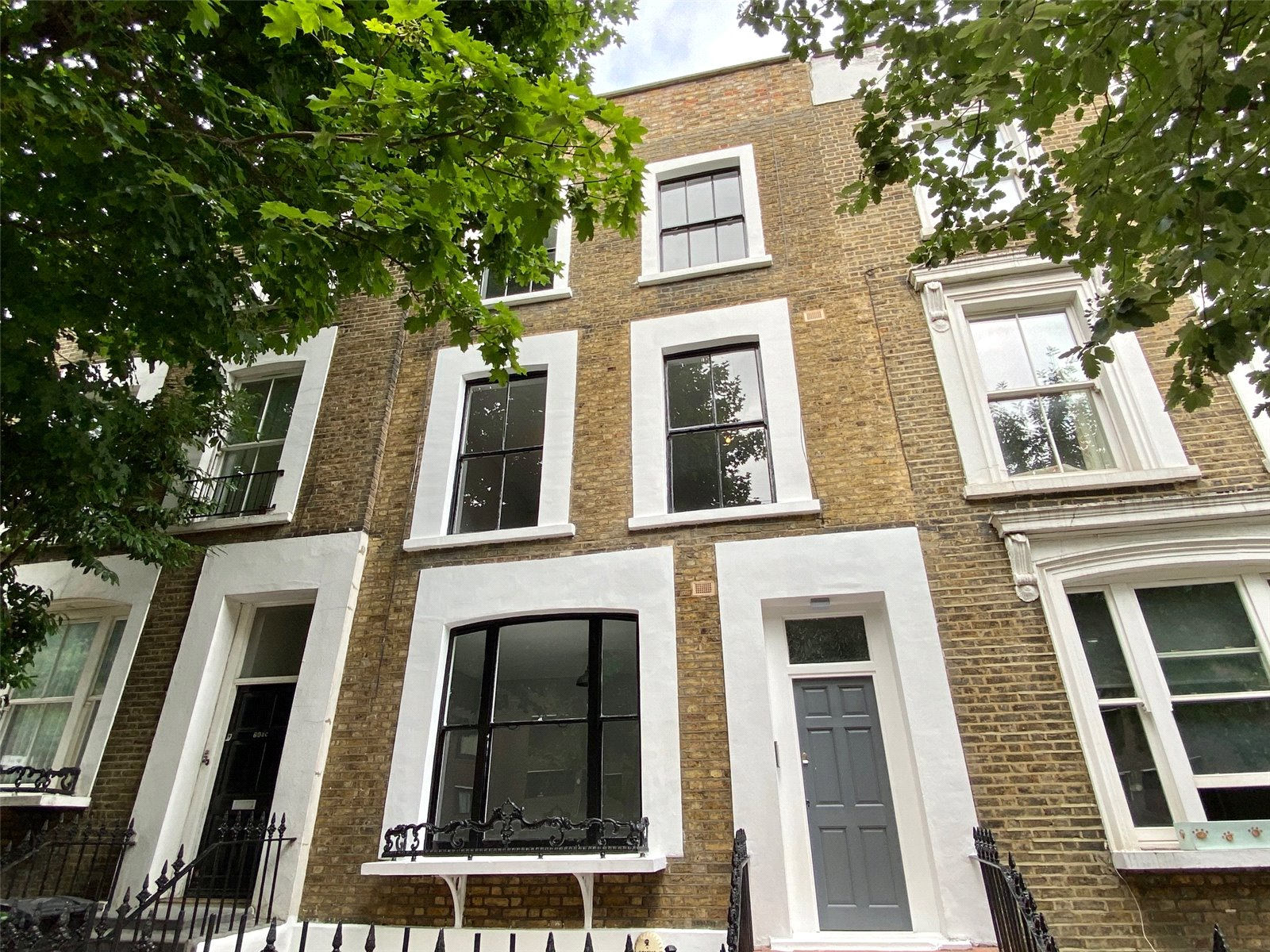 2 bed apartment for sale in Chalk Farm, NW5 4DA  - Property Image 1