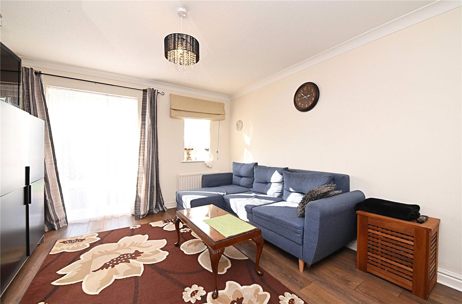 2 bed house to rent in Harrow Weald, HA3 6DA, HA3