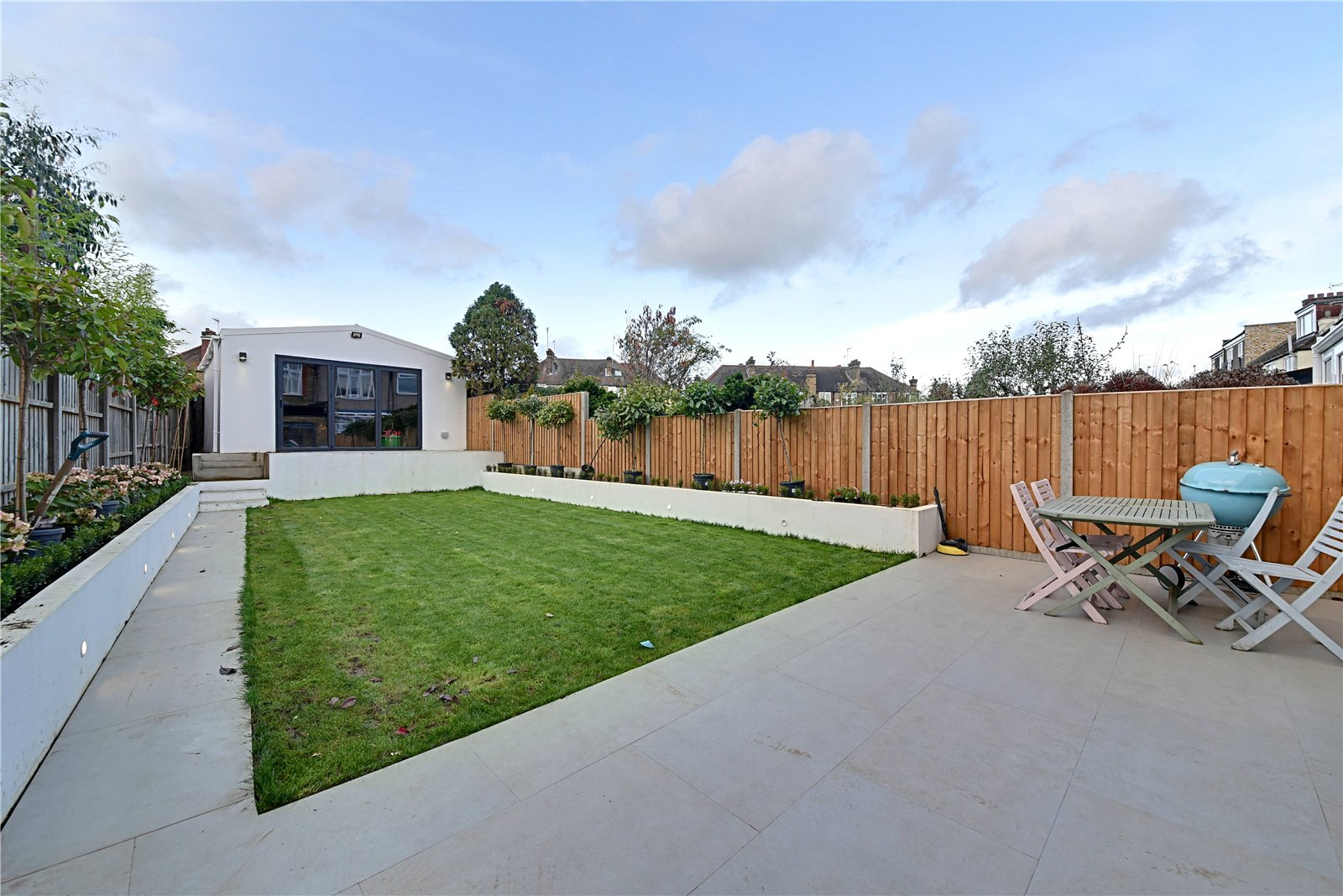 4 bed house for sale in Friern Barnet, N11 1HN 3