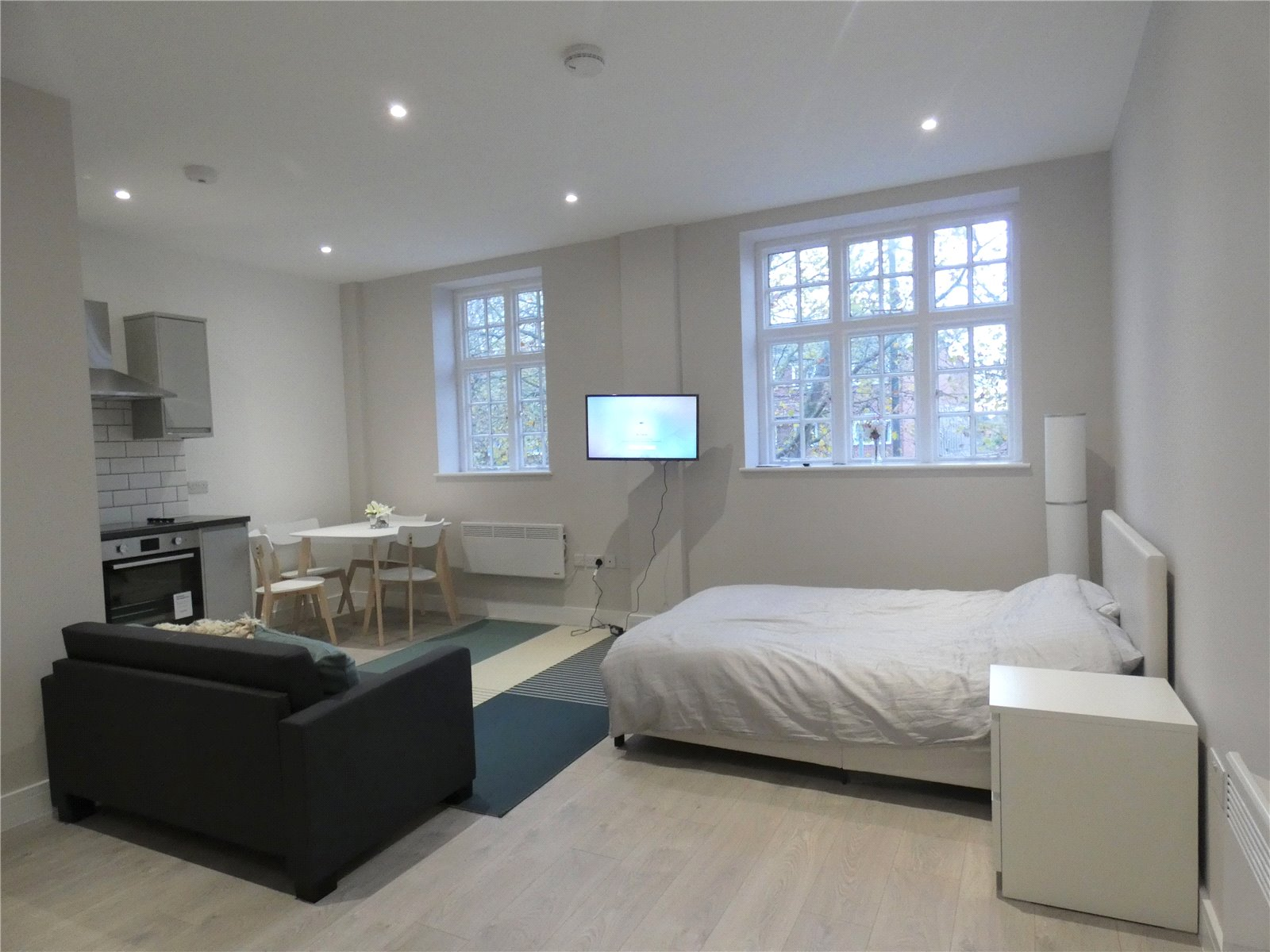 Apartment to rent in Whetstone, N20 9HW  - Property Image 1
