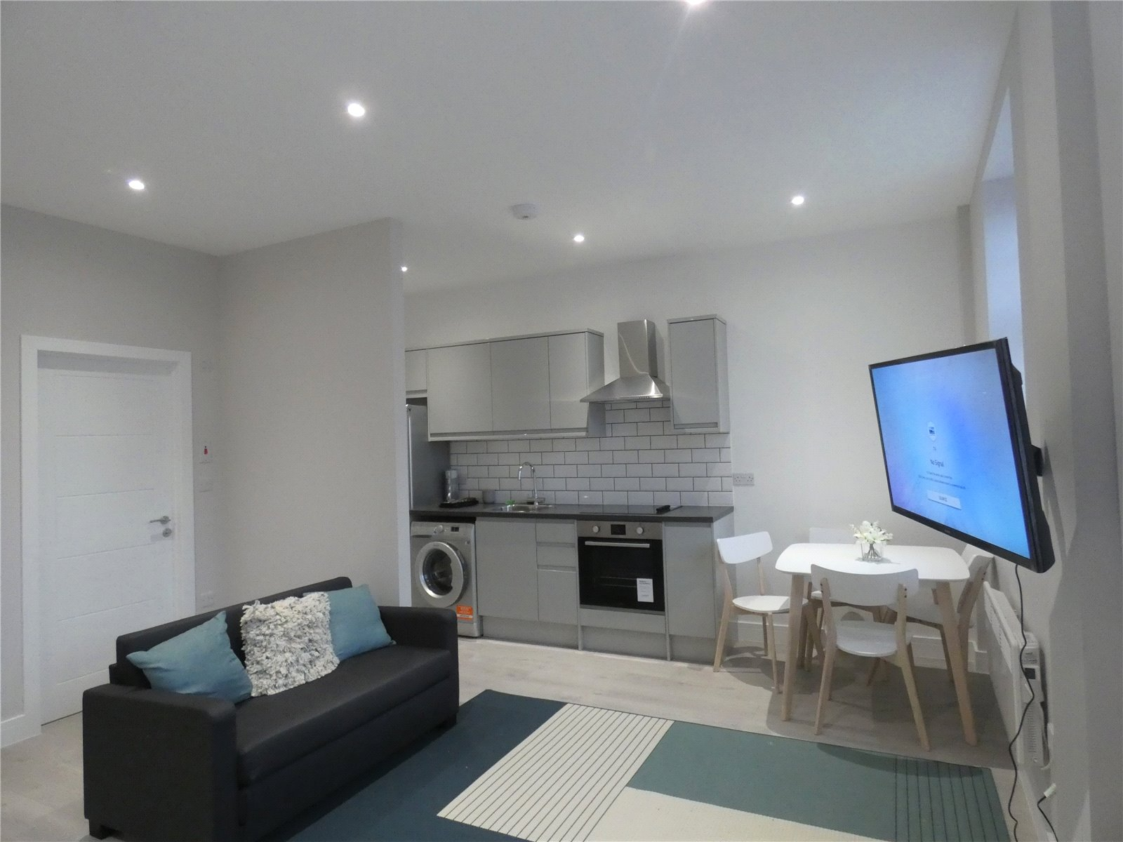 Apartment to rent in Whetstone, N20 9HW 1